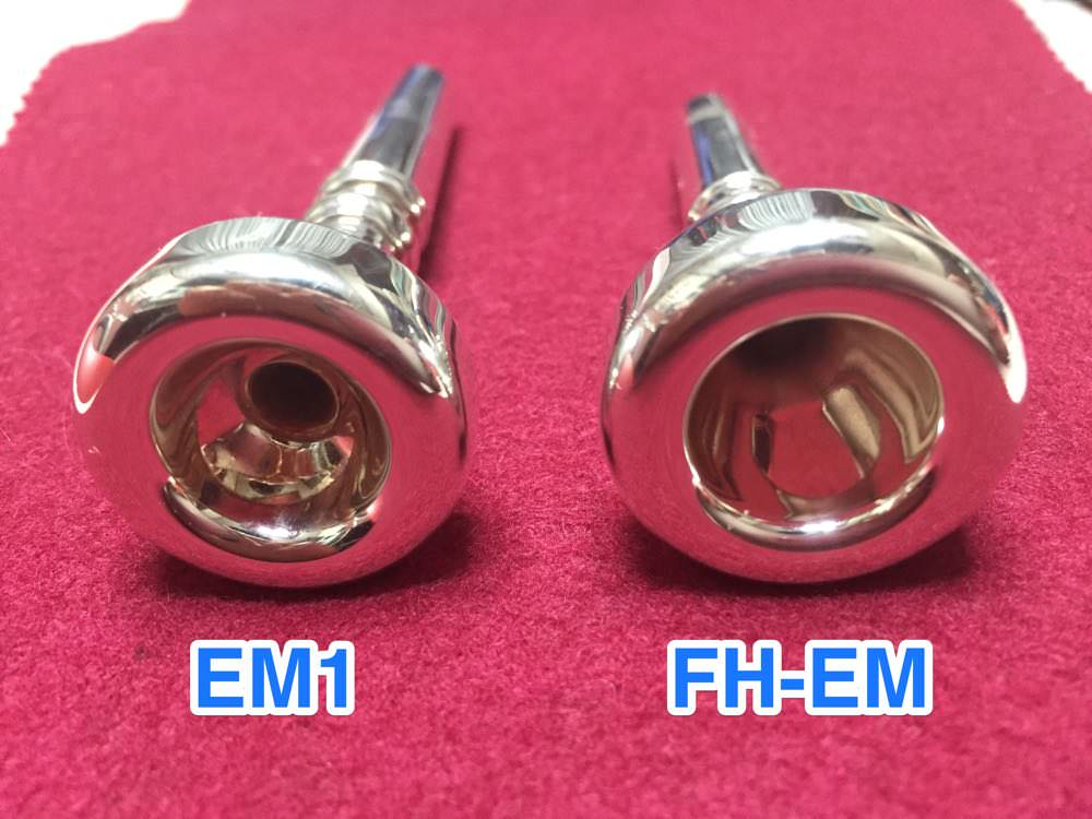 EM1とFH-EM 深さがすごく違うのにびっくり!